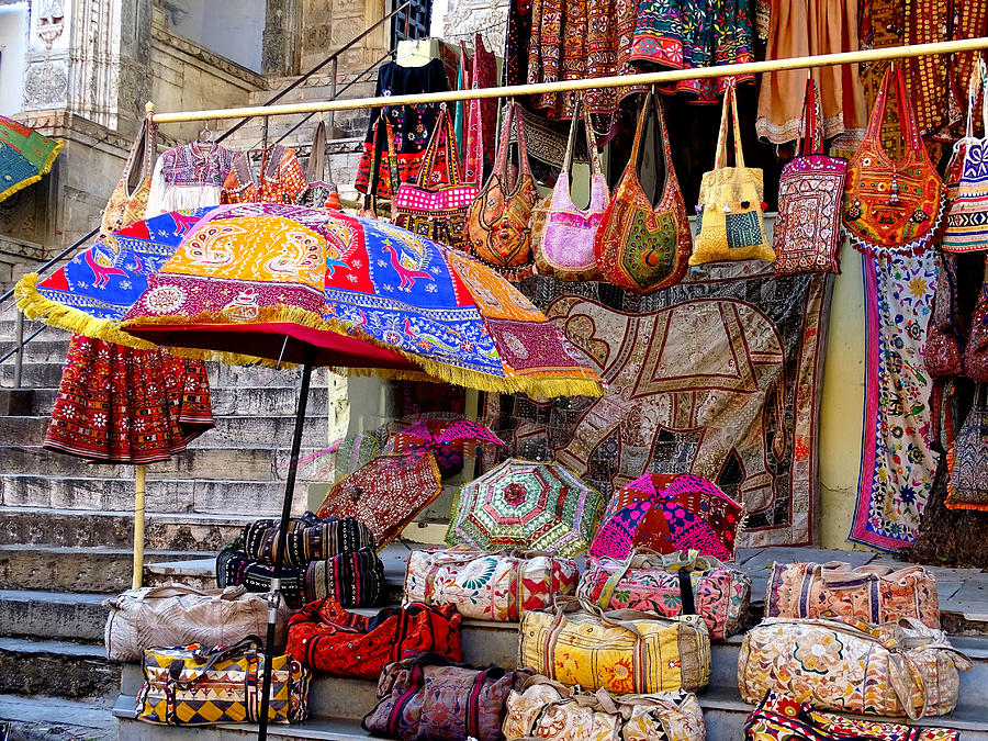 shopping session of char dham yatra in india