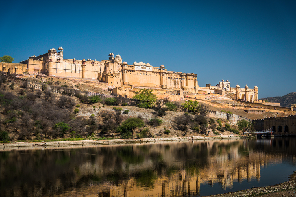amber fort famous historical places in rajasthan