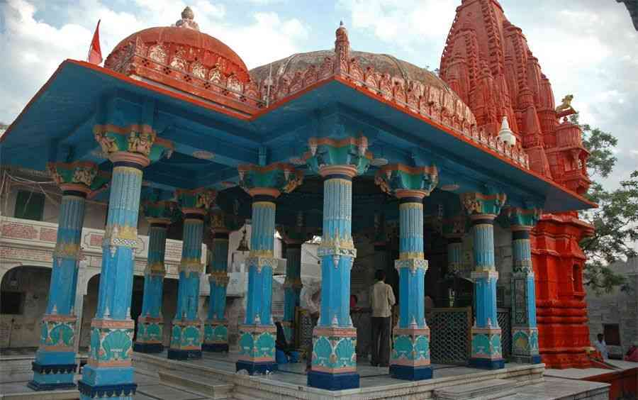 brahma temple activities besides exploring the splendid forts and palaces