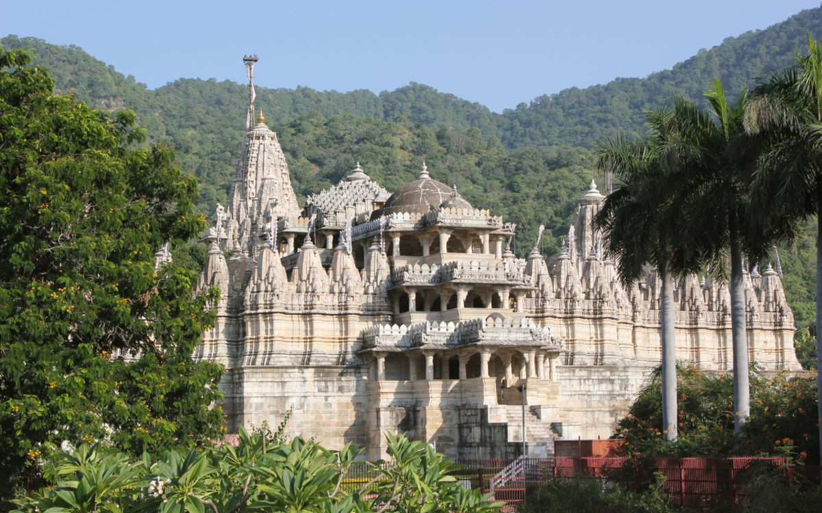 ranakpur jain temple activities besides exploring the splendid forts and palaces