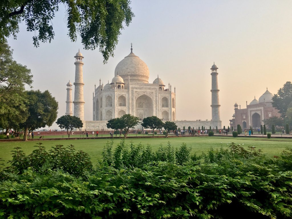 taj mahal three iconic cities of gollden triangle