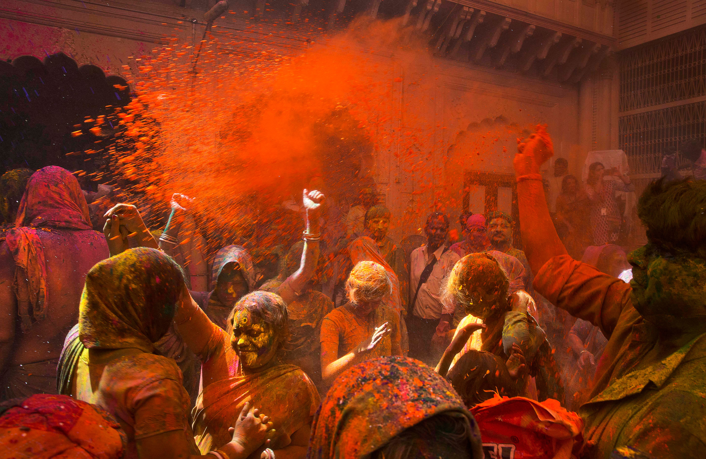holi celebration in india - in every facet country india at its best