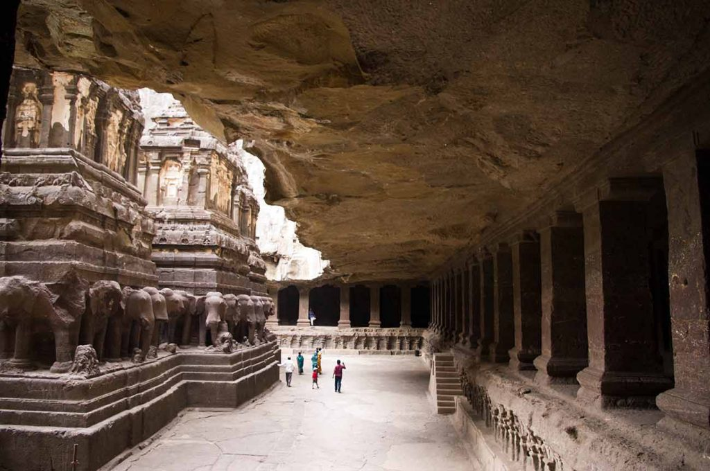 largest cantilevered rock ceiling in the world - kailash temple