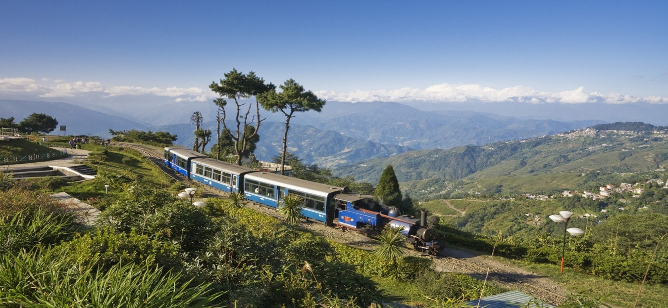 darjeeling mountain railway - world heritage sites in india