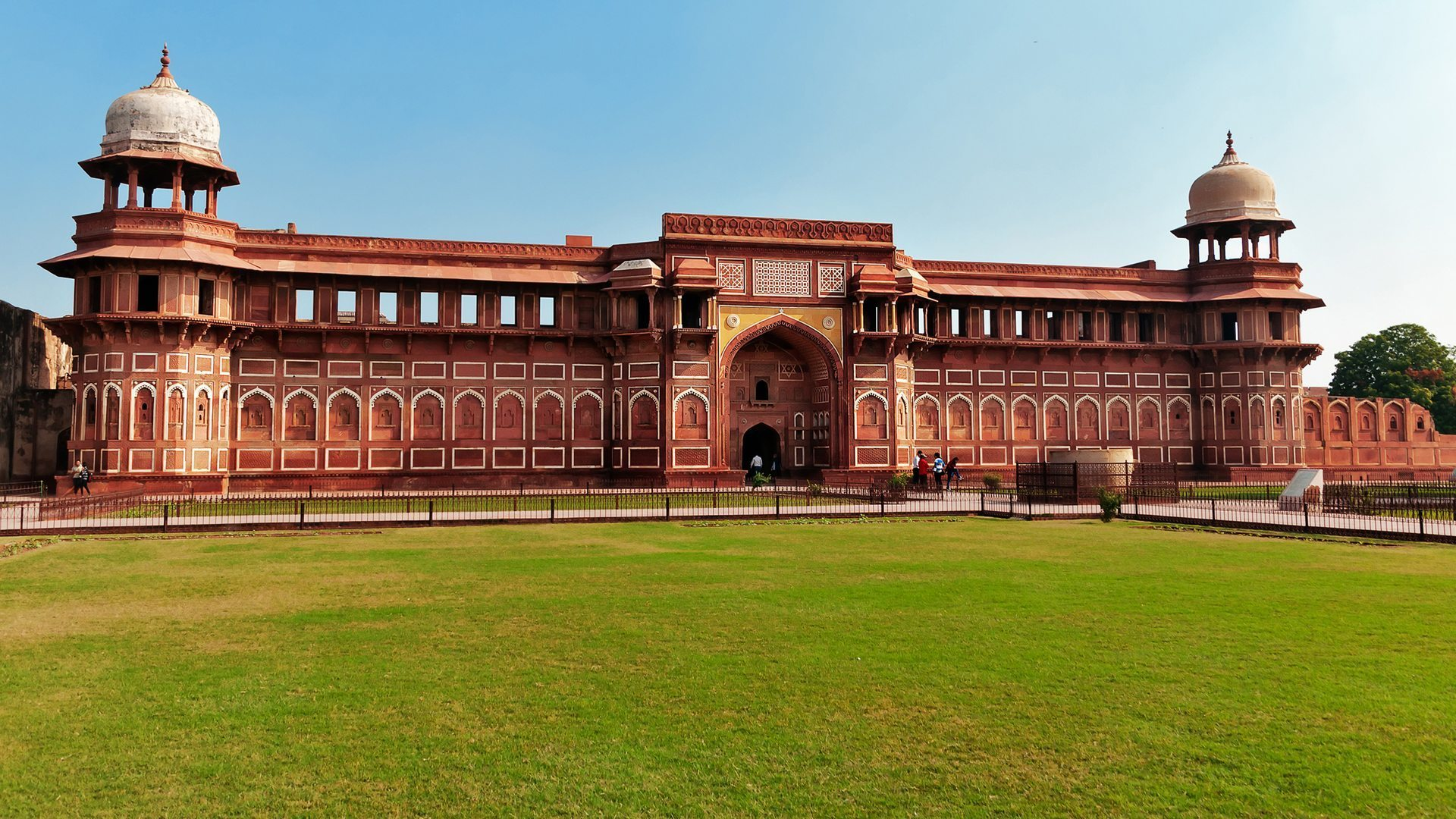 jahangiri mahal agra fort - world heitage site in india