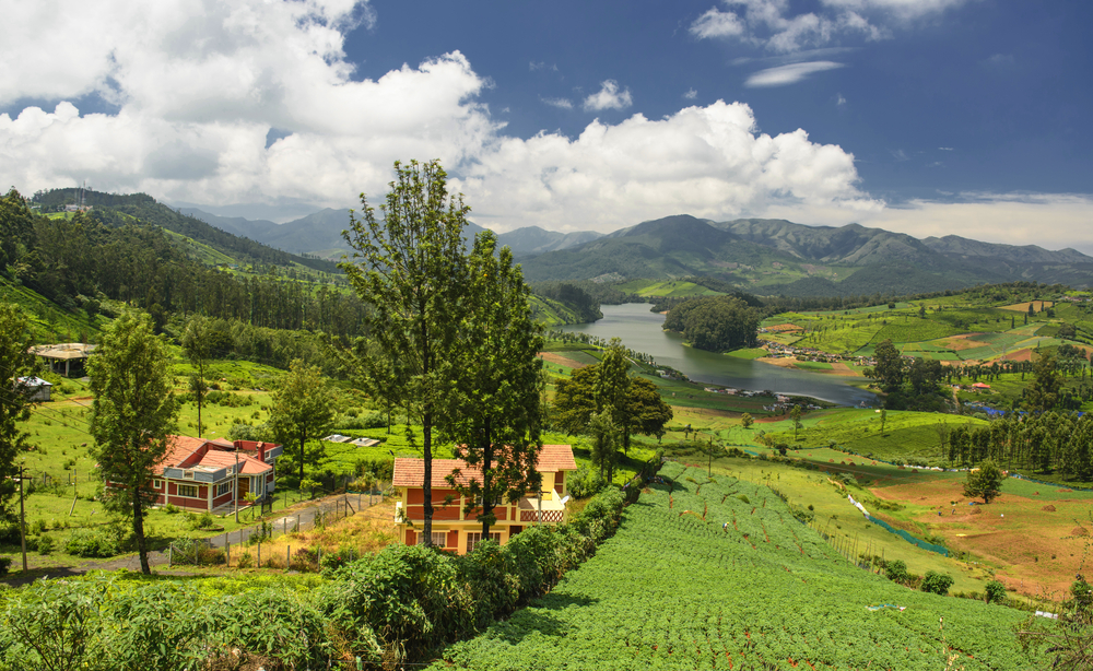 magic lake ooty - place to visit for summer vacations in india with family