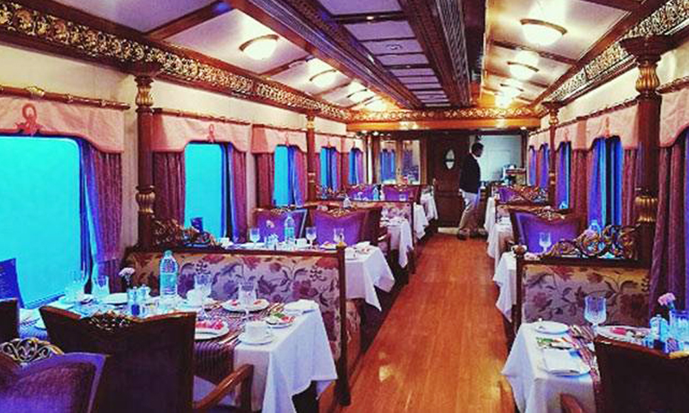 golden chariot dinner cabin