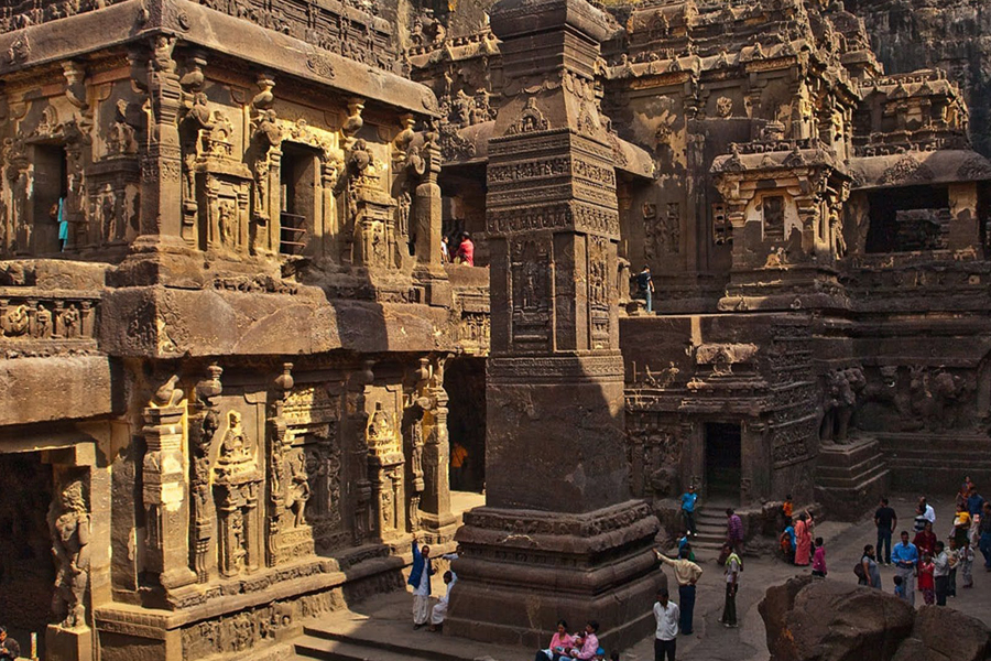 Ajanta and Ellora Caves by travelsite india