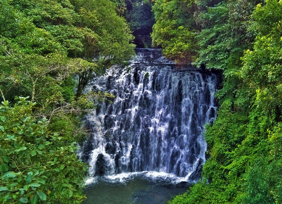 Elephant Falls shilong