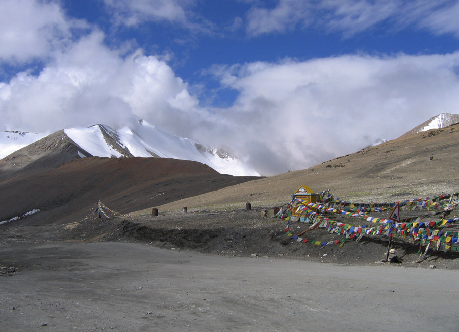 Tanglangla pass leh by travelsite india