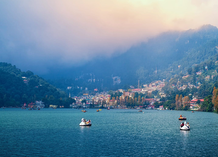 nainital lake by Travelsite India