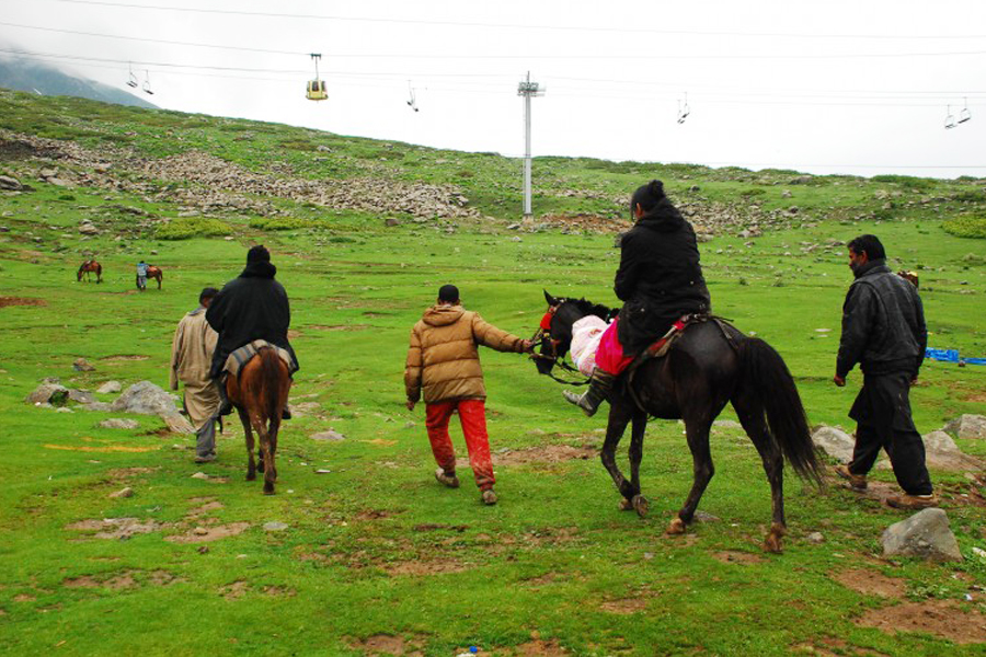 pony rides gulmarg by Travelsite India