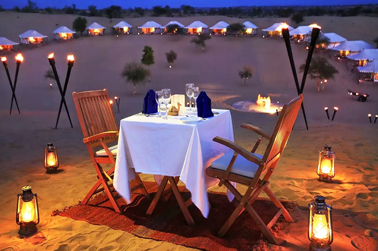 Overnight camping at the dunes by Travelsite India