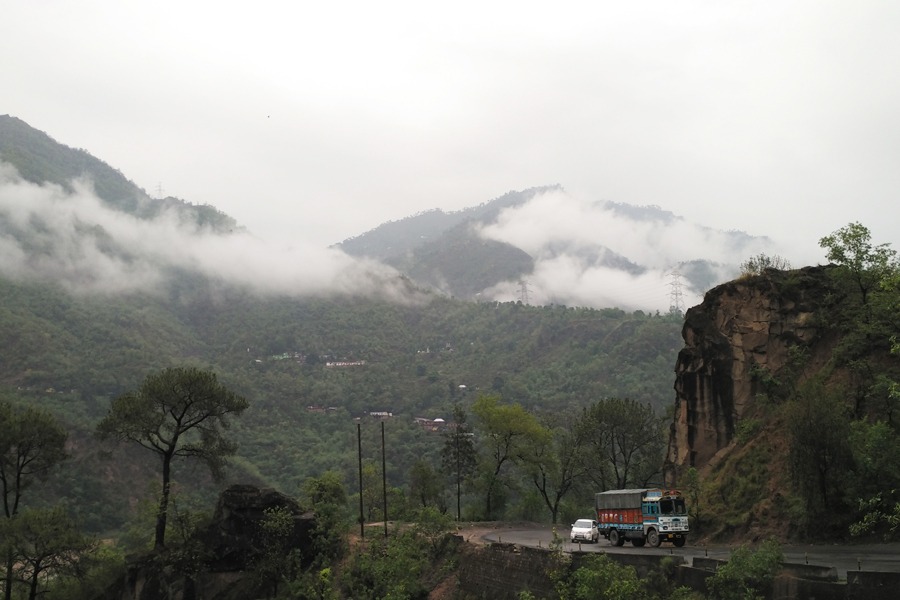 manali in monsoon by travelsite india