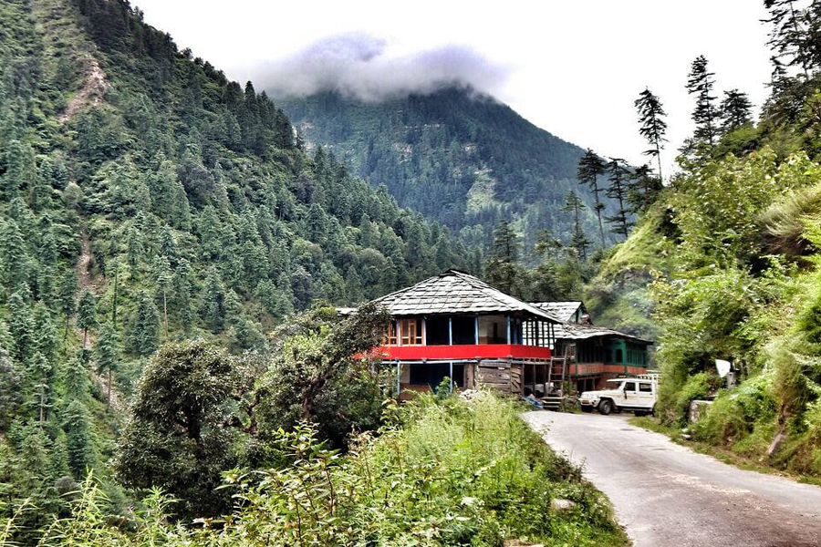 the great himalya national park by travelsiteindia