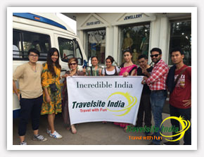 Thailand Group Tour to Delhi