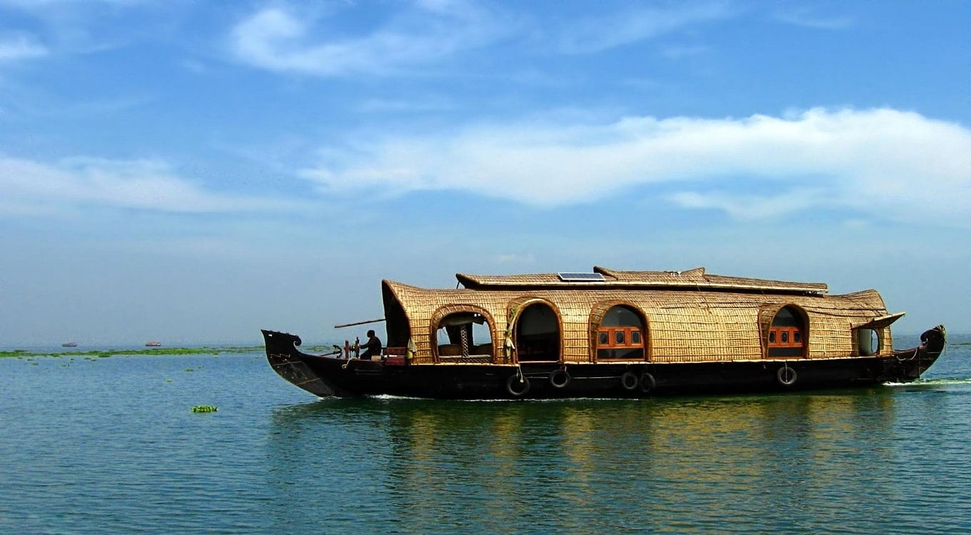 Travelsitte India Houseboat
